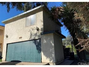 Property for sale at 2515 S Orange Drive, Los Angeles,  California 90016