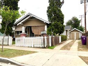 Property for sale at 726 Walnut Avenue, Long Beach,  California 90813