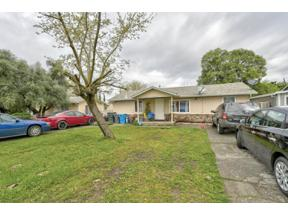 Property for sale at 1635 6th Avenue, Olivehurst,  CA 95961
