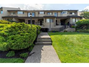 Property for sale at #305 2900 Abbott Street,, Kelowna, British Columbia V1Y1G6