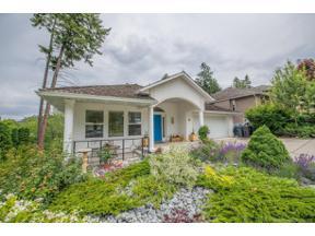 Property for sale at 311 Woodpark Crescent,, Kelowna, British Columbia V1V2A9