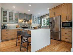Property for sale at 2415 Abbott Street,, Kelowna, British Columbia V1Y1E9