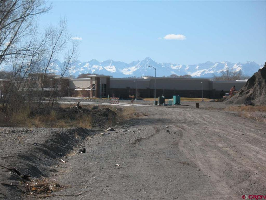 Photo of home for sale at 1340 Ogden Rd, Montrose CO