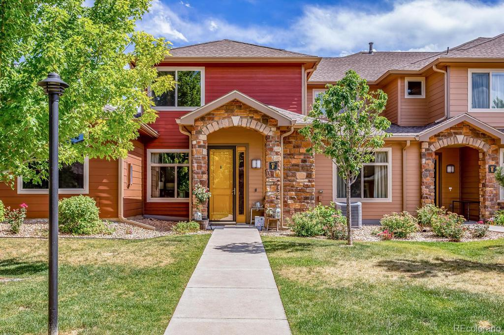 Photo of home for sale at 8571 Gold Peak Drive, Highlands Ranch CO