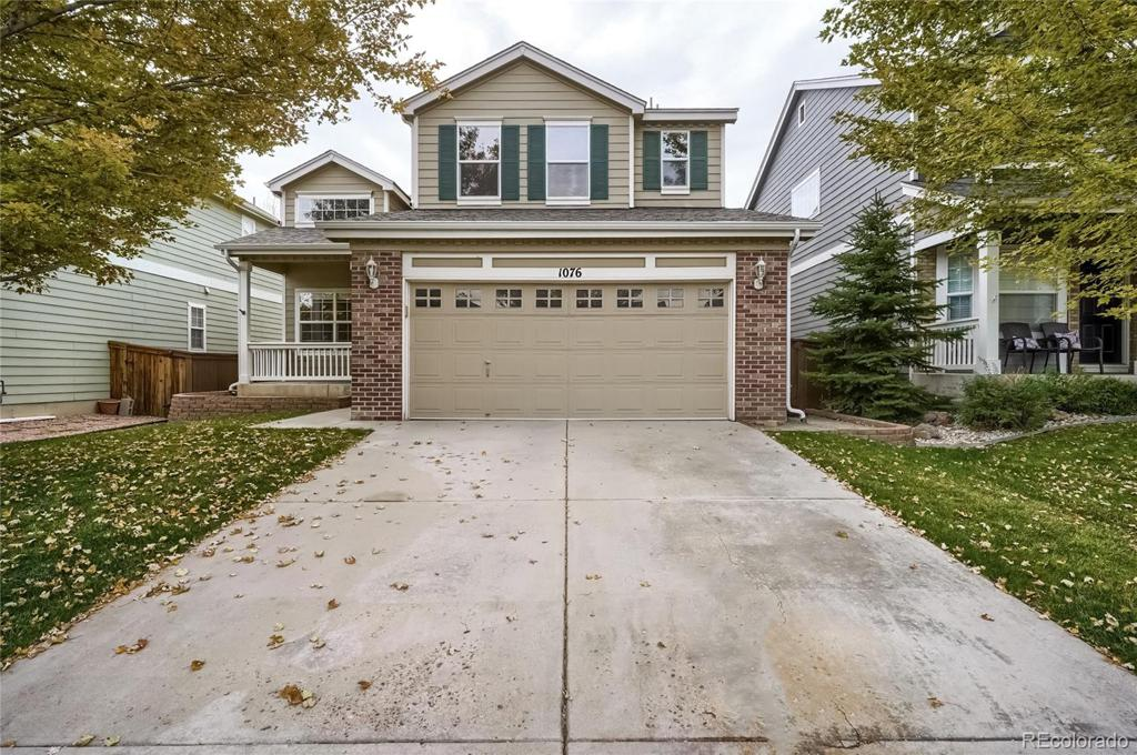 Photo of home for sale at 1076 Mulberry Lane, Highlands Ranch CO