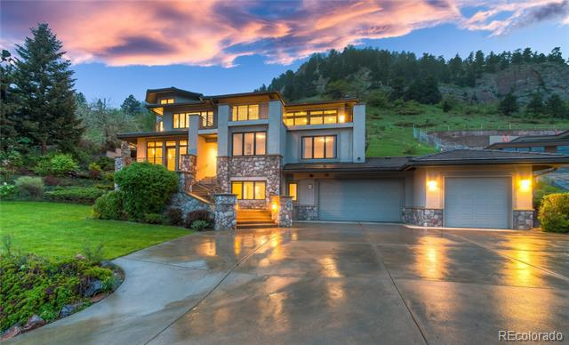 Photo of home for sale at 815 Circle Drive, Boulder CO