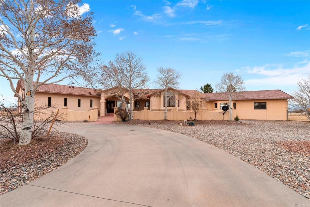 Photo of home for sale at 40 Mcculloch Boulevard S, Pueblo West CO