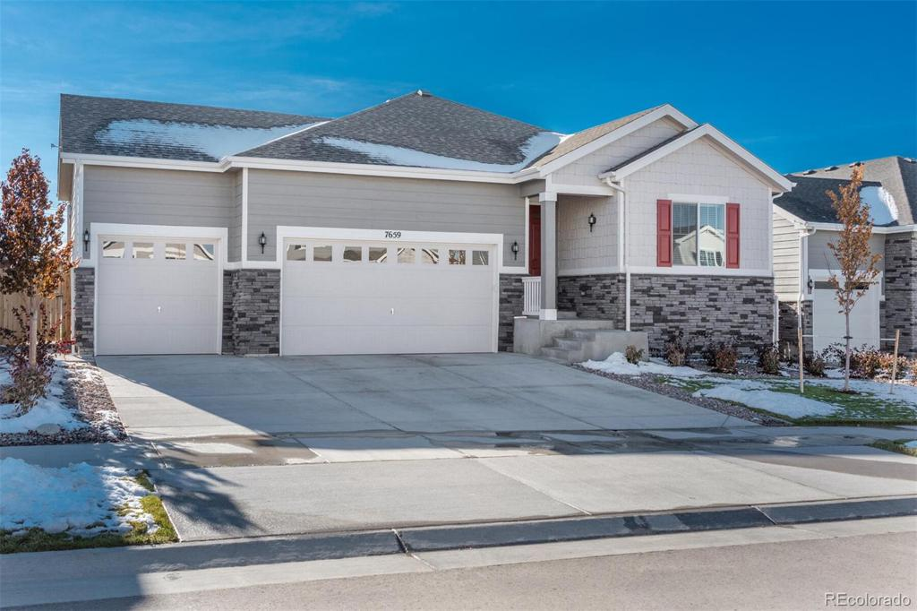 Photo of home for sale at 7659 Old Hammer Way S, Aurora CO