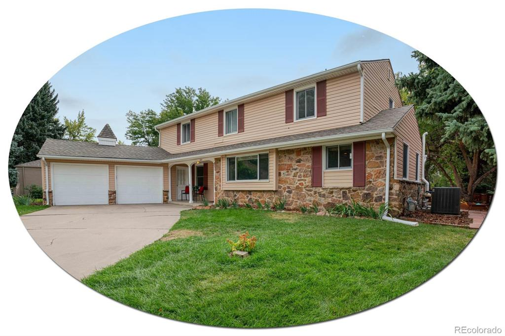 Photo of home for sale at 6859 Elizabeth Circle S, Centennial CO