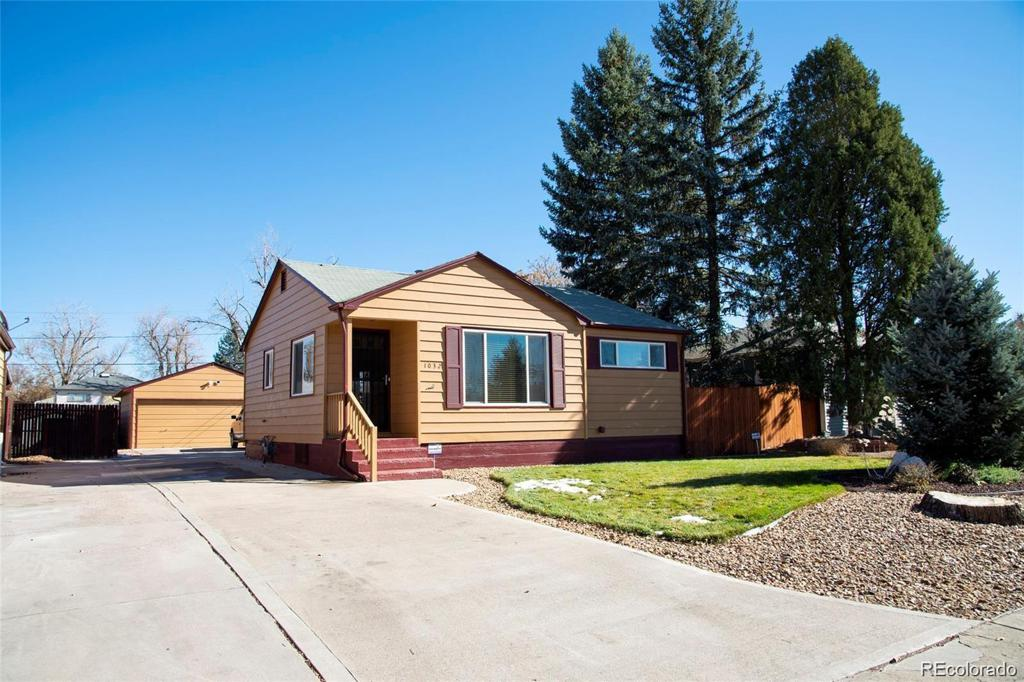 Photo of home for sale at 1032 Florence Street, Aurora CO