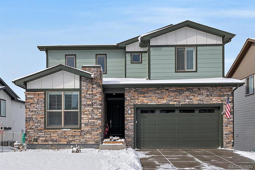 Photo of home for sale at 7477 Tempe Court S, Aurora CO