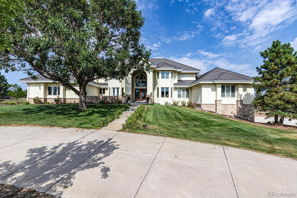 Photo of home for sale at 7775 Flanders Street S, Centennial CO