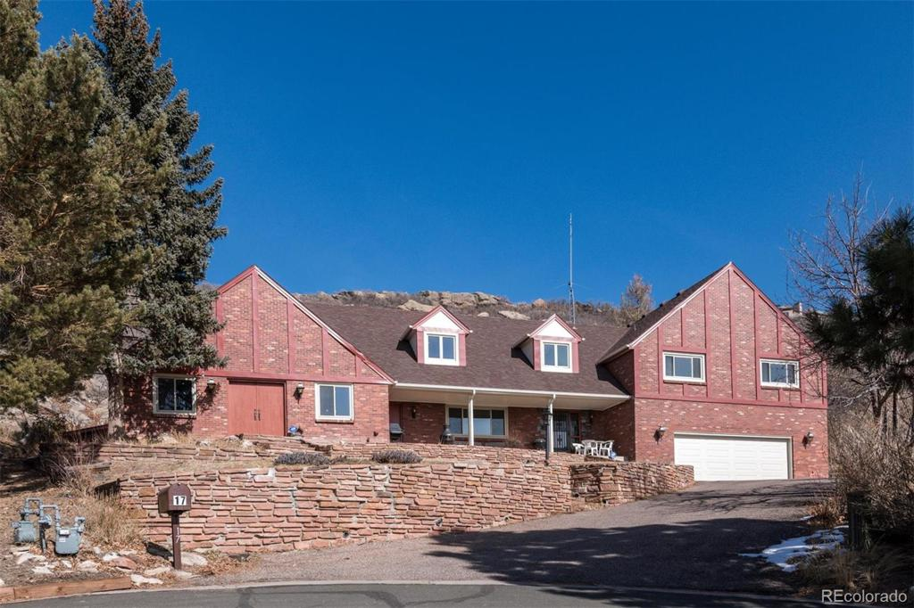 Photo of home for sale at 17 Oak Ridge Drive, Castle Rock CO