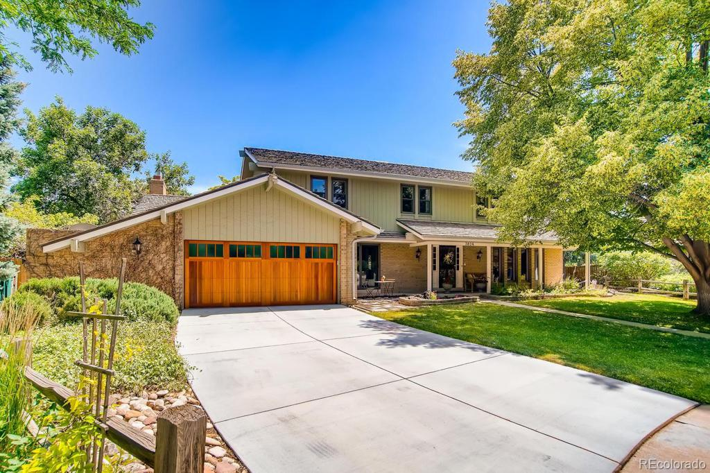 Photo of home for sale at 3824 Poplar Street S, Denver CO