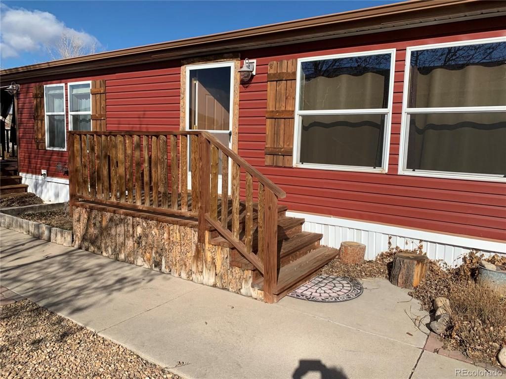 Photo of home for sale at 10783 Aspen Street, Firestone CO