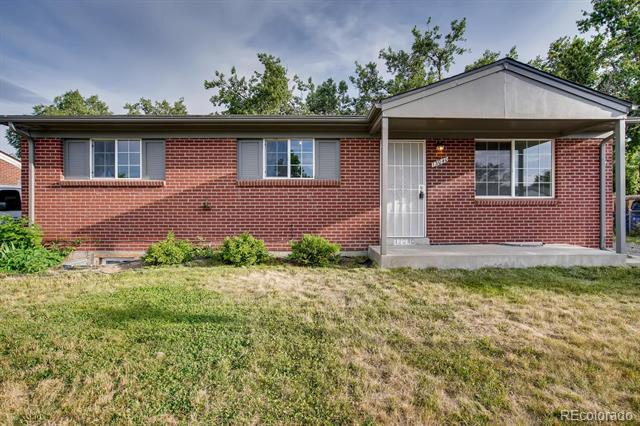 Photo of home for sale at 13040 Pensacola Place, Denver CO