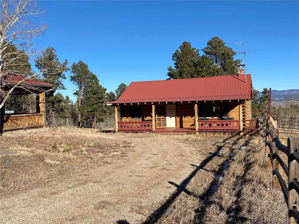 Photo of home for sale at 5838 County Road 130, Westcliffe CO