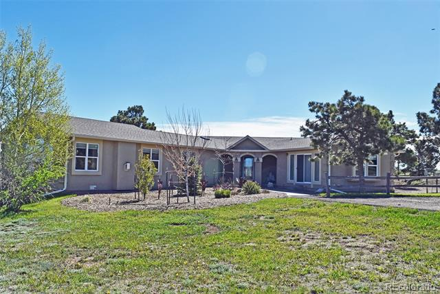 Photo of home for sale at 15805 Teak Place, Elbert CO