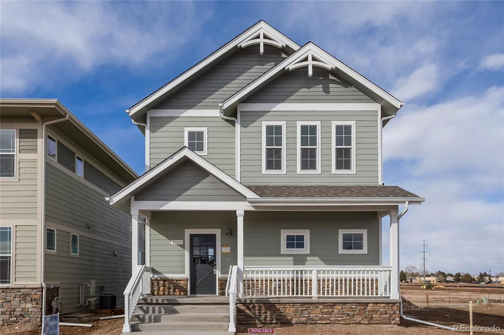 Photo of home for sale at 2514 Nancy Gray Avenue, Fort Collins CO