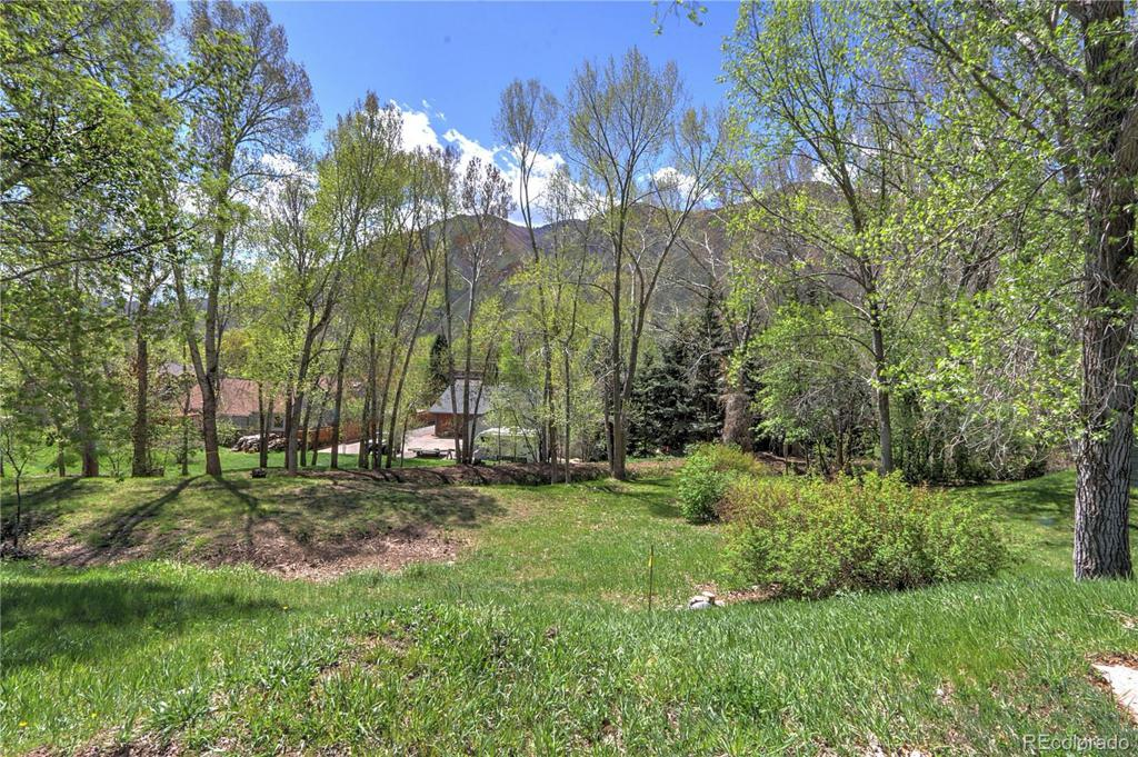 Photo of home for sale at Creekside Court, Glenwood Springs CO