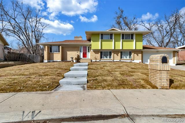 Photo of home for sale at 4805 Scranton Court, Denver CO
