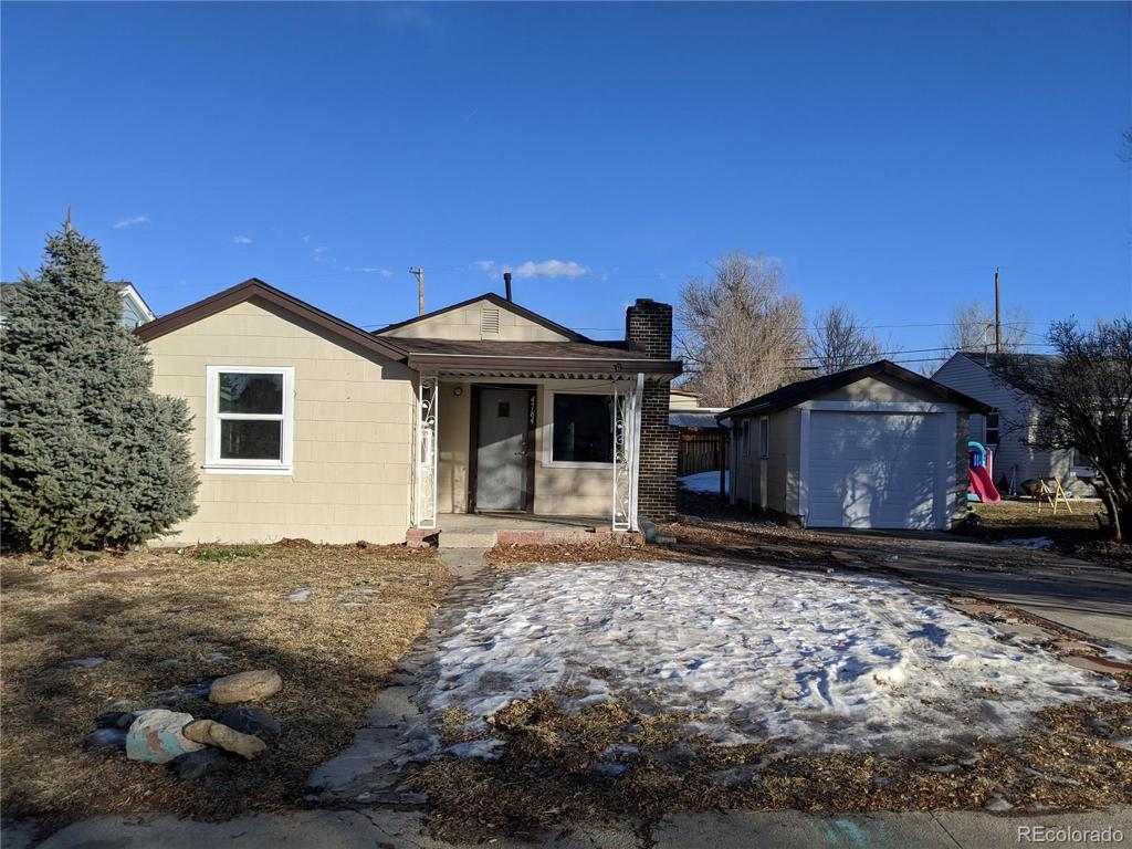 Photo of home for sale at 4784 Huron Street S, Englewood CO