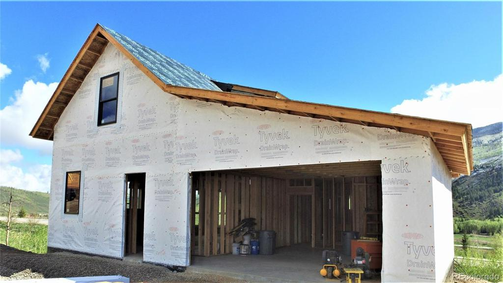 Photo of home for sale at 1405 Maryland Creek Road, Silverthorne CO