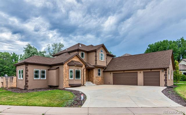 Photo of home for sale at 6881 Reed Court South, Littleton CO