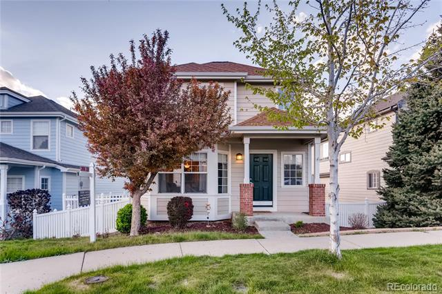 Photo of home for sale at 1375 Quintero Way South, Aurora CO