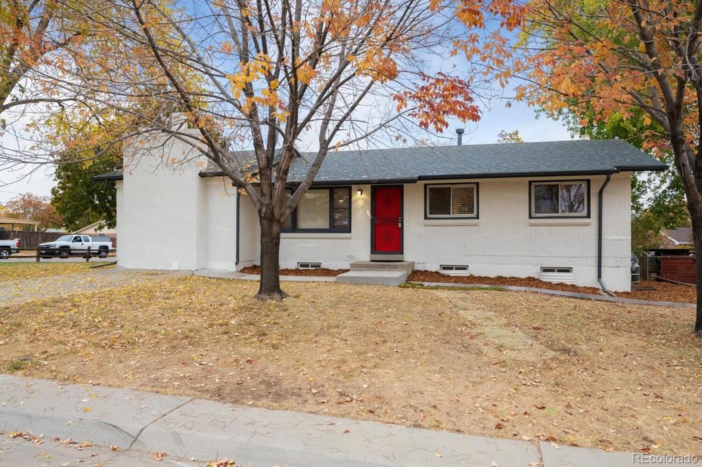 Photo of home for sale at 6146 Vrain Street, Arvada CO