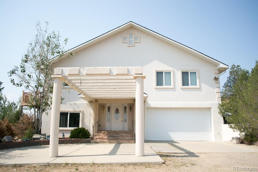 Photo of home for sale at 420 Indiana Avenue E, Walsenburg CO