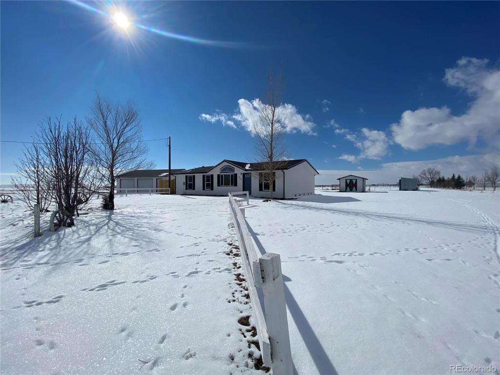 Photo of home for sale at 205 Pershing Street, Grover CO
