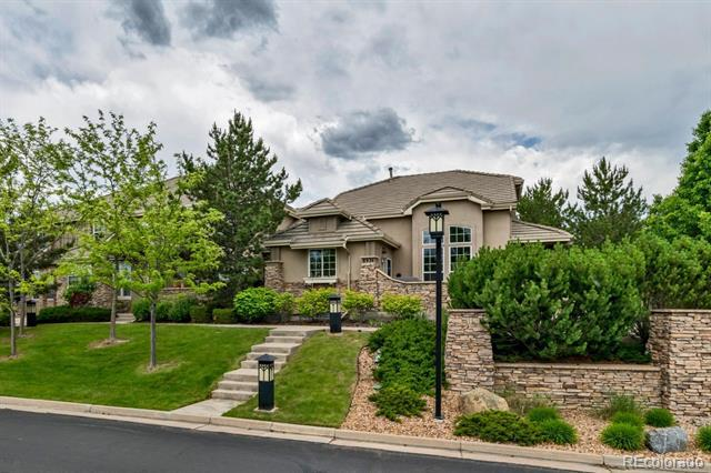 Photo of home for sale at 8974 Old Tom Morris Circle, Highlands Ranch CO