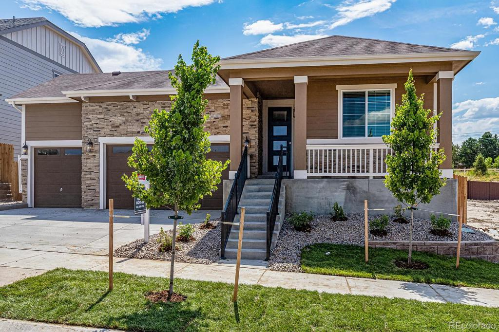 Photo of home for sale at 7779 Old Hammer Way S, Aurora CO