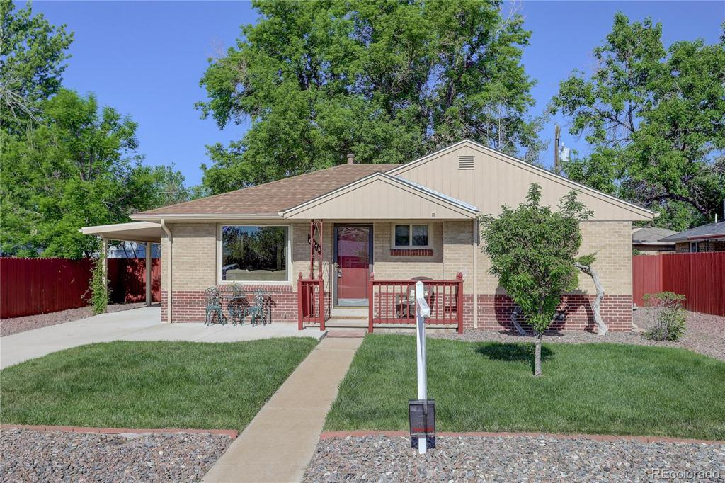 Photo of home for sale at 6075 Garrison Street, Arvada CO