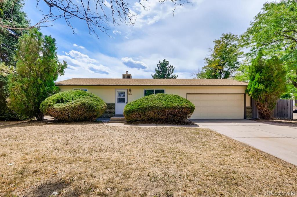 Photo of home for sale at 3092 Helena Street S, Aurora CO