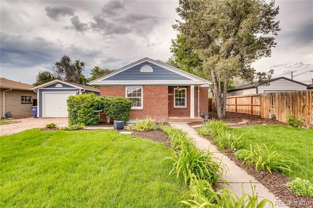 Photo of home for sale at 3905 Haddon Road, Denver CO