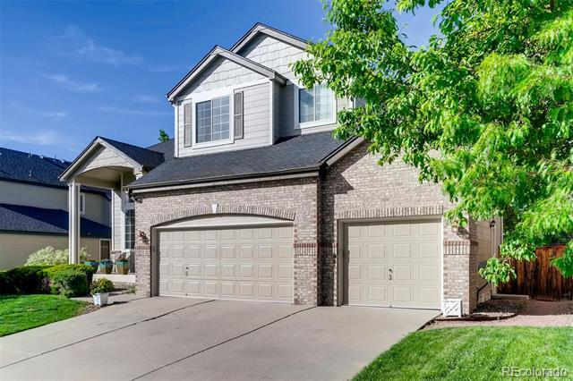 Photo of home for sale at 10546 Kalahari Court, Littleton CO