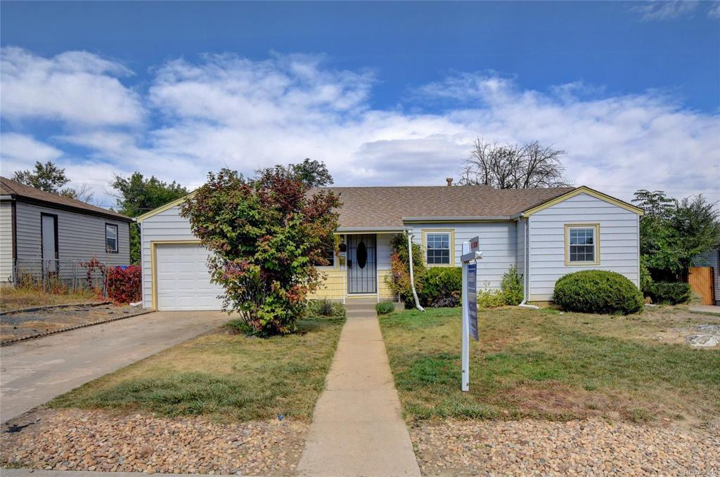 Photo of home for sale at 1881 95th Avenue E, Thornton CO