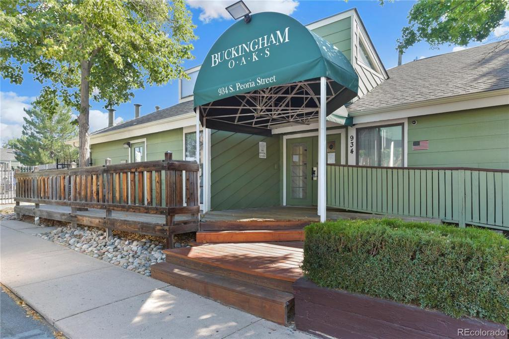 Photo of home for sale at 12126 Kepner Place E, Aurora CO