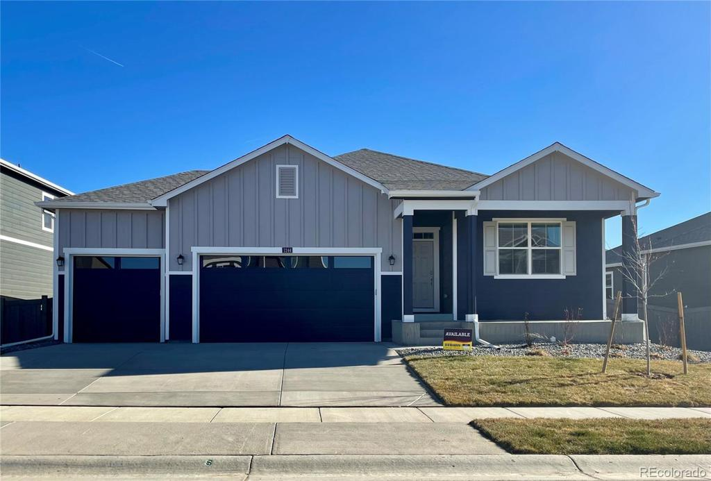 Photo of home for sale at 1244 Vantage Parkway, Berthoud CO