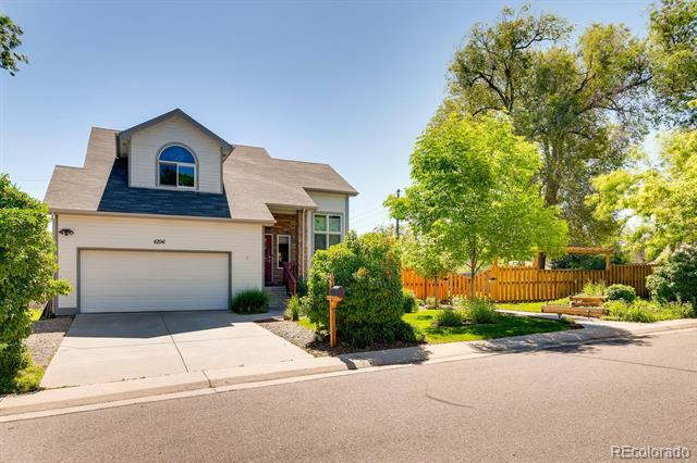 Photo of home for sale at 6296 Crocker Street South, Littleton CO