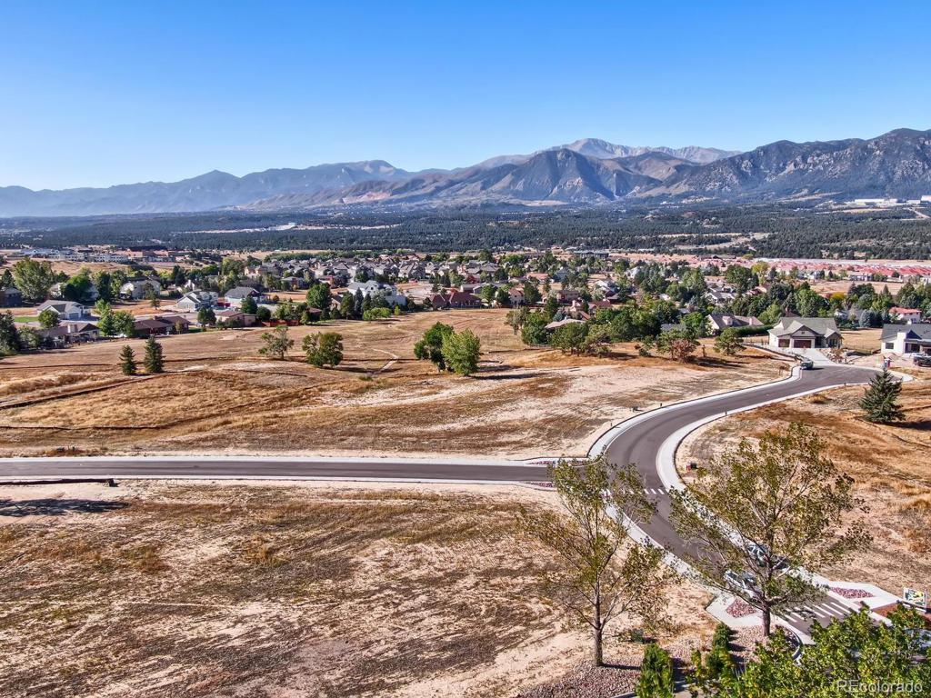 Photo of home for sale at 385 Mission Hill Way, Colorado Springs CO