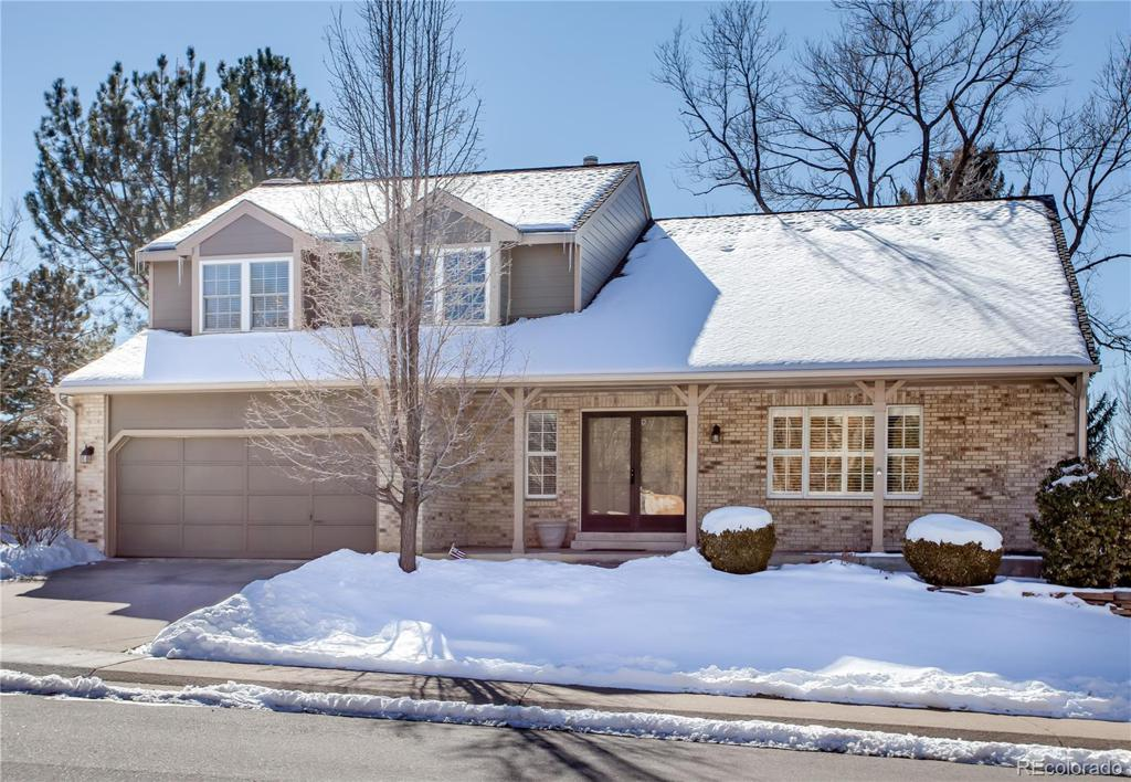 Photo of home for sale at 6320 Jasmine Way S, Centennial CO