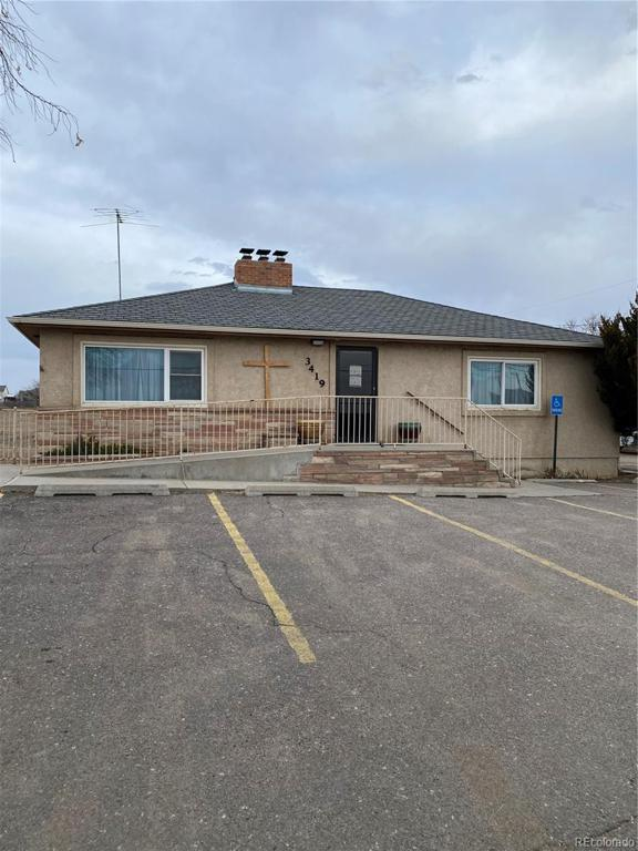 Photo of home for sale at 3419 Eisenhower Boulevard W, Loveland CO