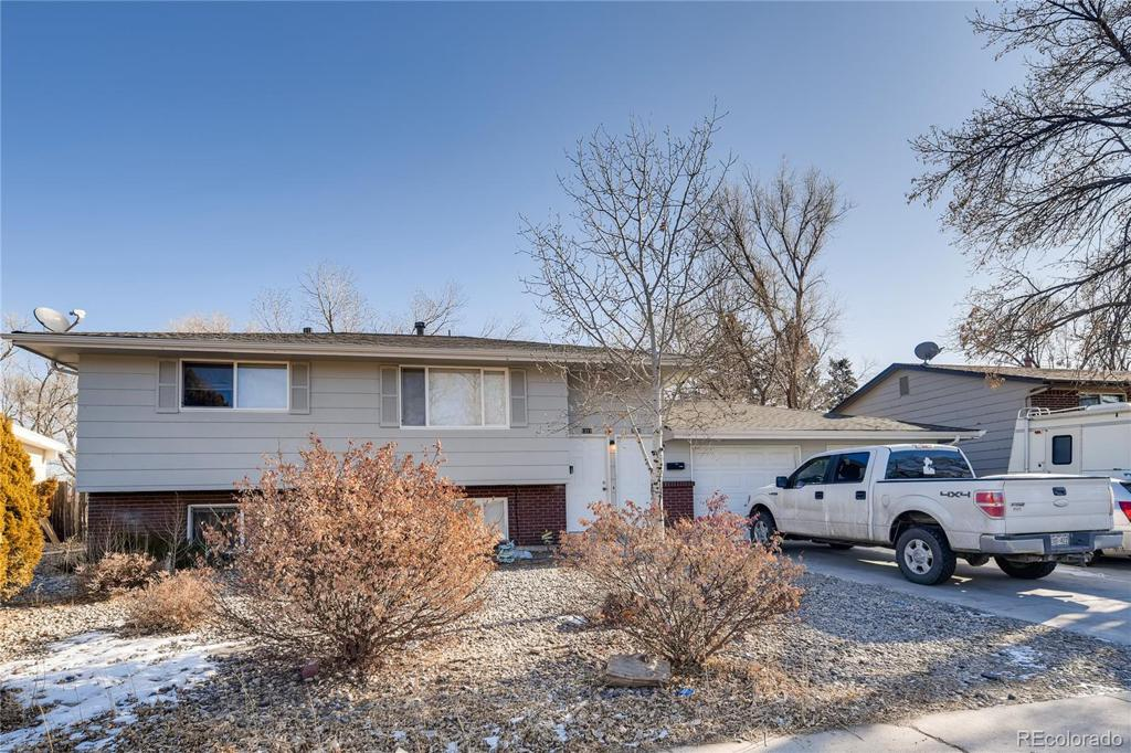Photo of home for sale at 1313 Tappan Circle, Colorado Springs CO
