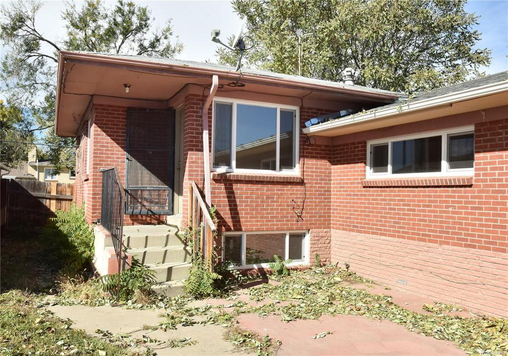 Photo of home for sale at 3415 Grape Street, Denver CO