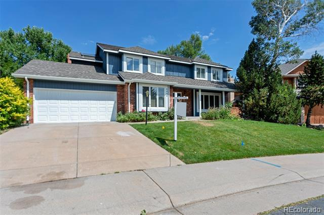 Photo of home for sale at 5546 Olathe Lane South, Centennial CO