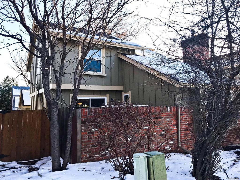 Photo of home for sale at 7510 Rosemary Circle S, Centennial CO