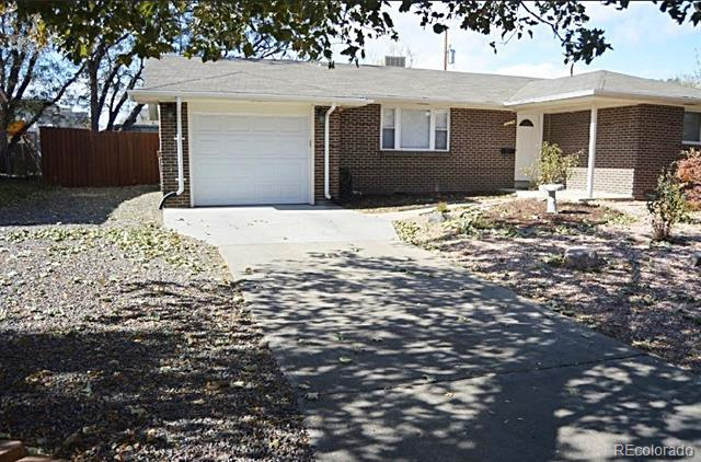 Photo of home for sale at 419 Emporia Street, Aurora CO